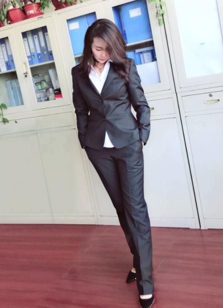 重慶東輝集團員工新工裝