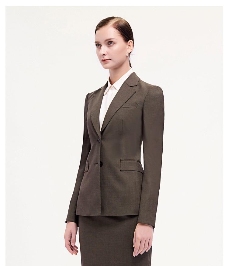 女士棕色时尚西服侧面