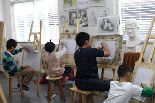 随着新生儿数量的增加,使得少儿艺术教育用户基数增大