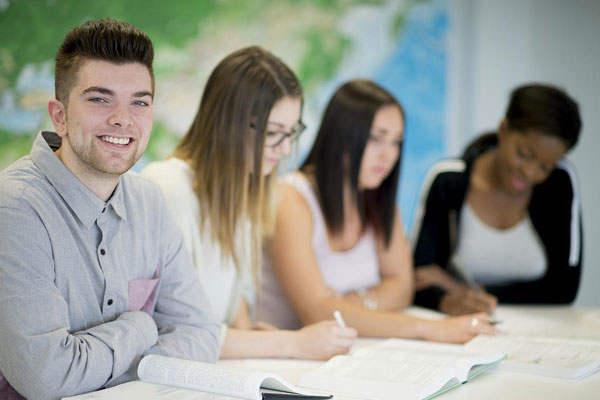 立博乐雄厚的师资力量-为孩子提供优质教学