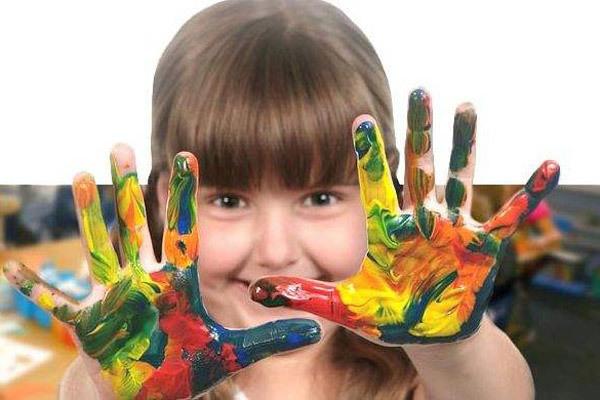 技能教授只会影响孩子的自由创作
