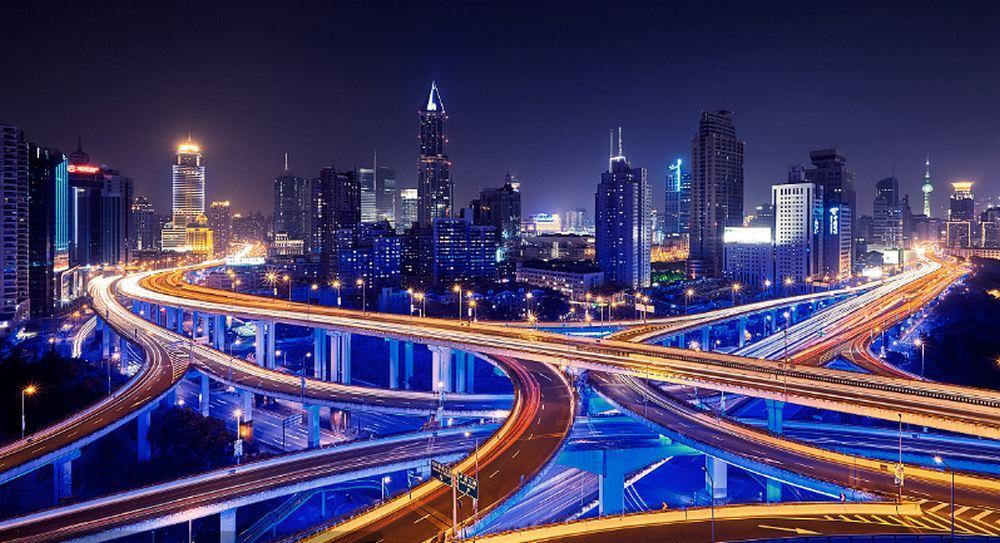 城市交通夜景图