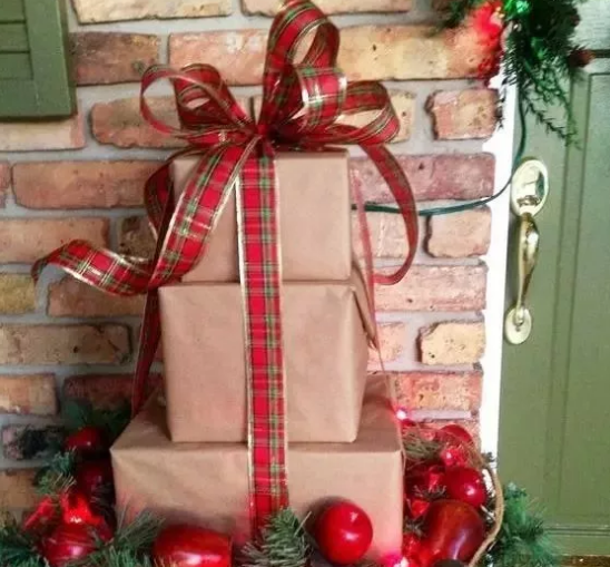 Wired ribbon for christmas gift packaging