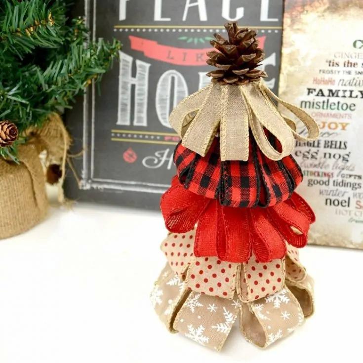 DIY burlap ribbon Christmas decoration