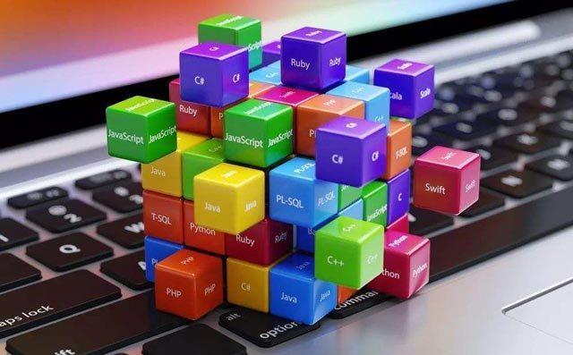 目前的少儿编课程内容主要包含:Scratch、Python和C++