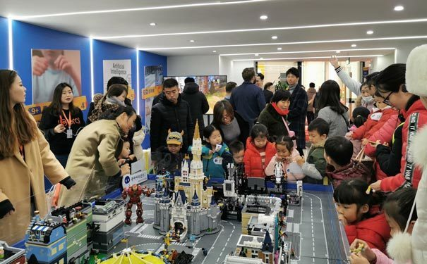 奇咔咔乐高机器人教育培训机构