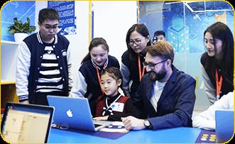 奇咔咔儿童编程培训课堂展示