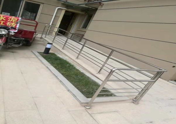 电梯口不锈钢护栏