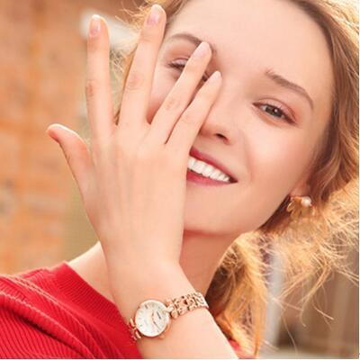 女友礼物:柔美雷诺玫瑰金手表
