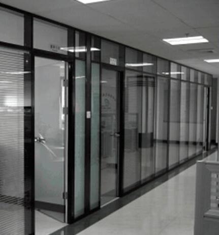 办公室玻璃隔断墙分类