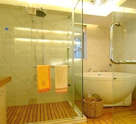 卫生间玻璃隔断