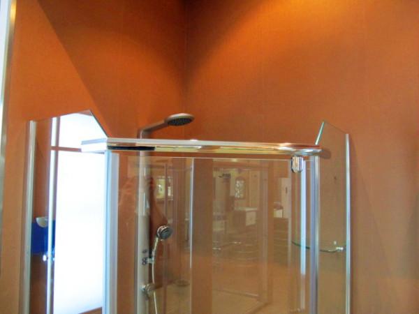 淋浴房玻璃厚度