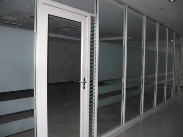 钢化玻璃隔断墙