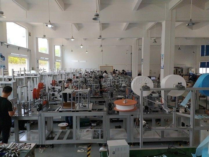 秦泰盛Kf94口罩机生产环境