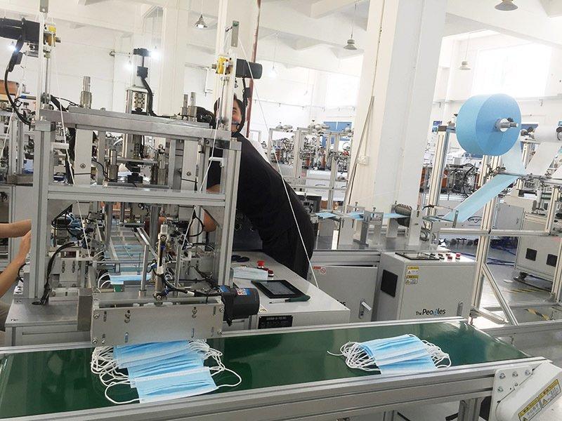 秦泰盛推出全自动平面口罩机生产线