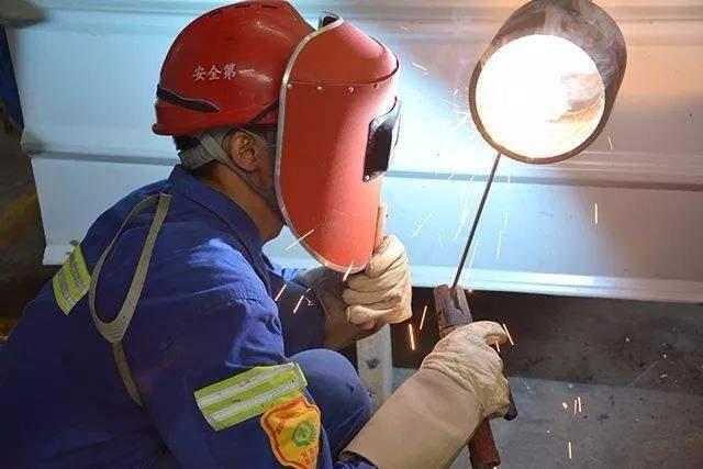 建设厅建筑焊工证办理一般去哪个部门报名?