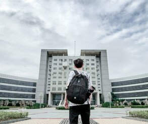 深圳大鹏新区成人高考有含金量吗,选哪个教育机构才正规