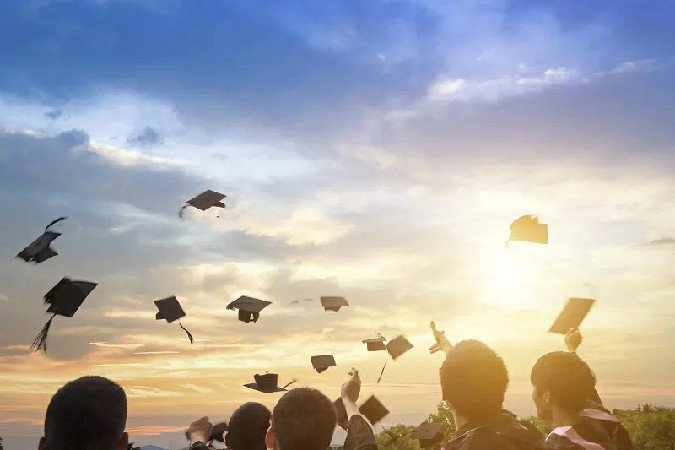 2021应届毕业生落户深圳的具体要求?落户深圳的好处?