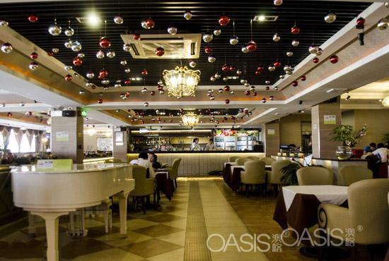 山东的青炉里青花椒烤鱼音乐餐厅工程案例