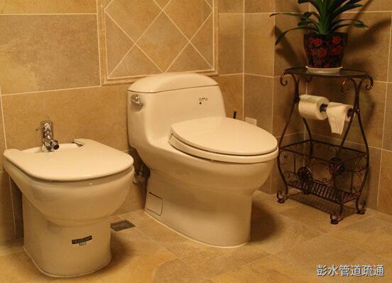 彭水马桶水箱漏水维修应该怎么处理?