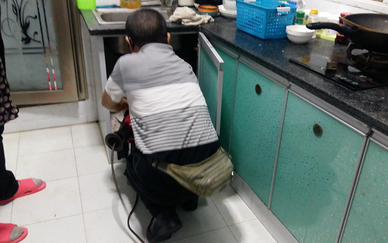 彭水滨江路厨房下水道疏通疏通案例