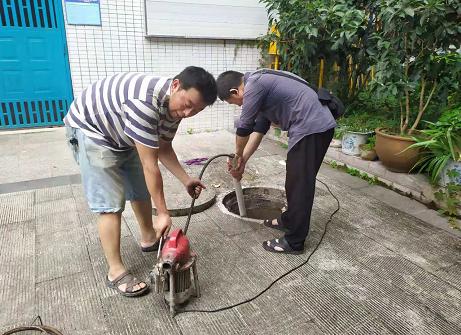 彭水滨江路小区下水道疏通案例