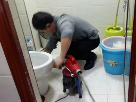 卫生间厕所下水道严重堵塞怎么办?