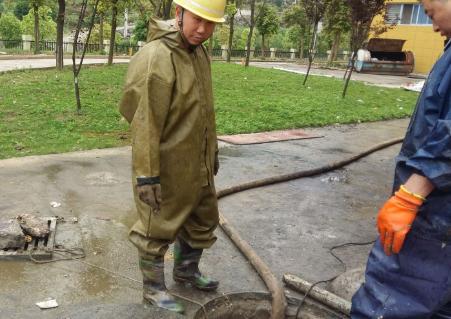 清理化粪池的基本要求