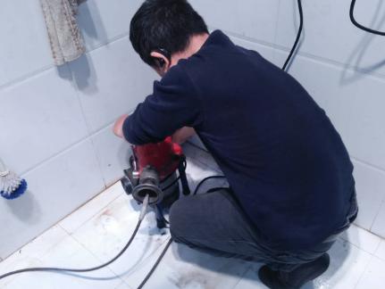浴缸下水道堵塞疏通方法