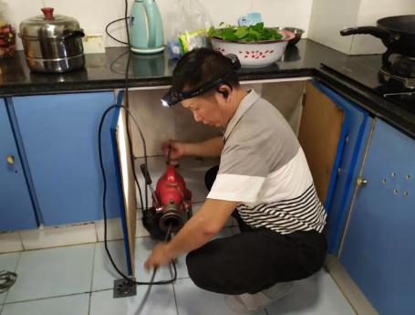厨房下水道堵塞怎么办?