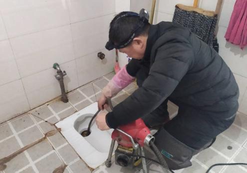 高压疏通清洗在彭水管道疏通中的主要优势