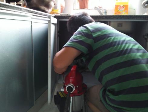 厨房下水道堵塞常用的解决办法