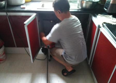 推荐几个高效厨房下水道疏通方法