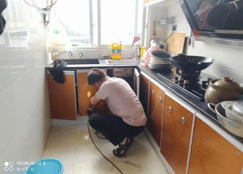 厨房下水道堵塞有什么疏通方法?