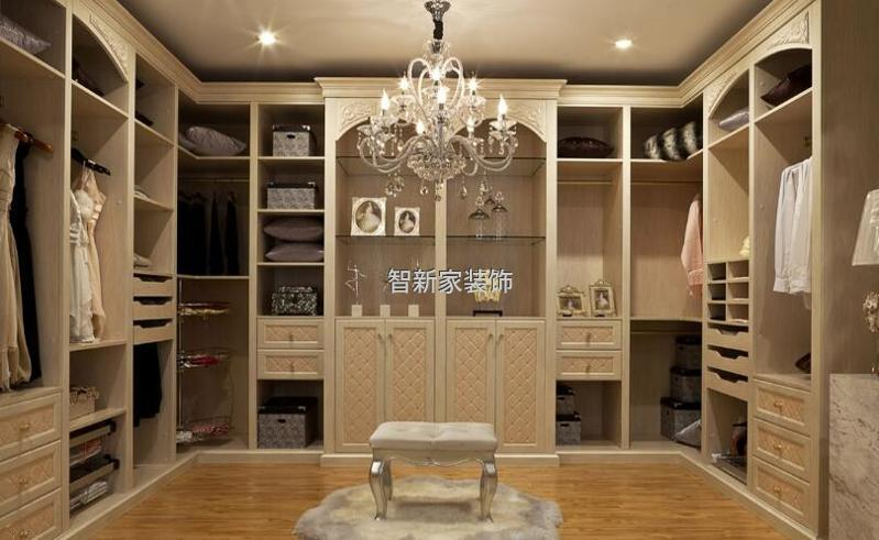 哈尔滨装修设计衣柜:简单、实用、美观