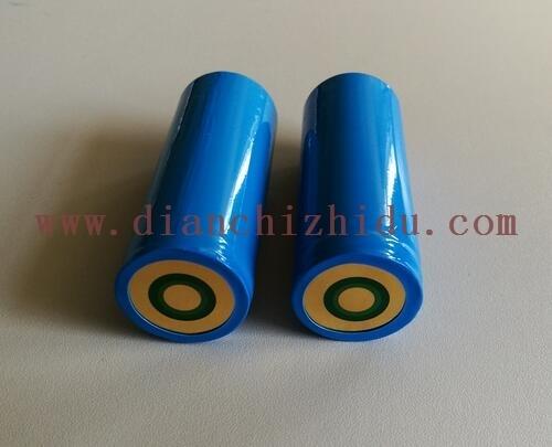 大容量手电筒锂电池