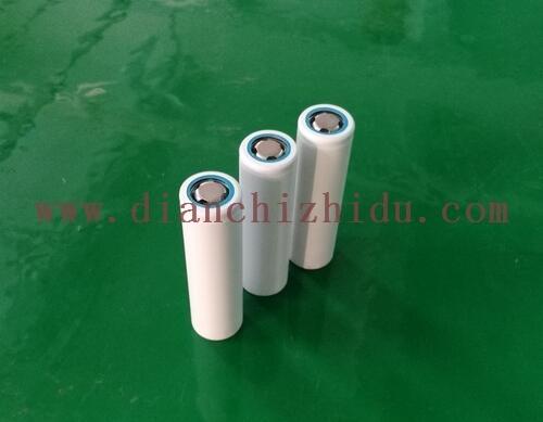 INR18650白皮包装的锂电芯