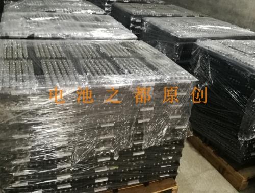 库存的IFR32650磷酸铁锂电池堆成山了