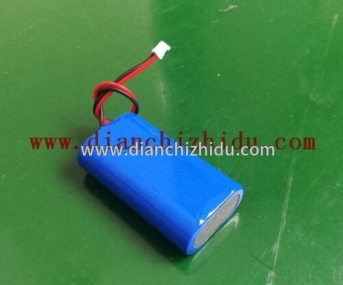 7.4V锂电池组用多少伏的充电器充电看电池插头