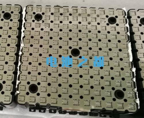 18650锂电池模块用在电动汽车上