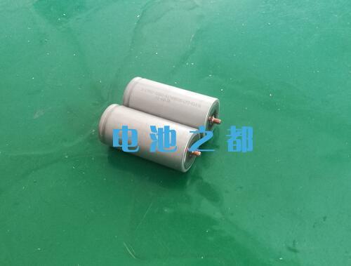A品尖头沃特玛32650螺丝电池