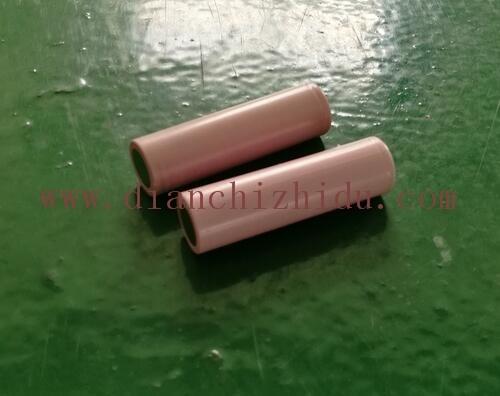 18650锂电池是这样的圆柱型锂离子电池。