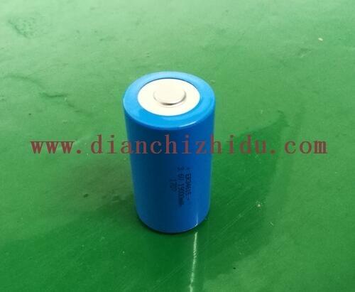 一次性锂亚电池是绿色无污染的,一次性锂亚电池不含有汞、镉、铅等重金属,无环境危害。
