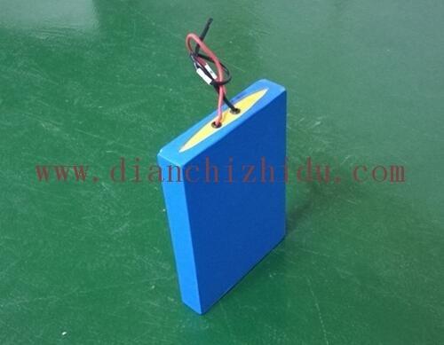 12V太阳能路灯锂电池定制展示