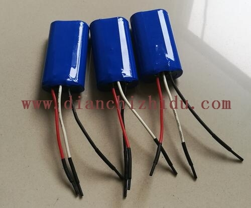 7.4V18650锂电池组实物图展示
