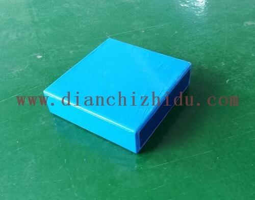 3.2V100Ah锂电芯为磷酸铁锂材料设计