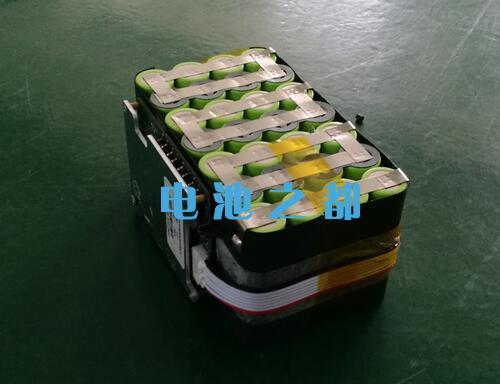 300W户外后背电源锂电池包设计方案