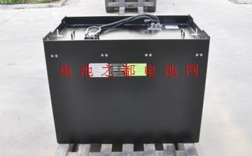 80V电动叉车锂淘彩
