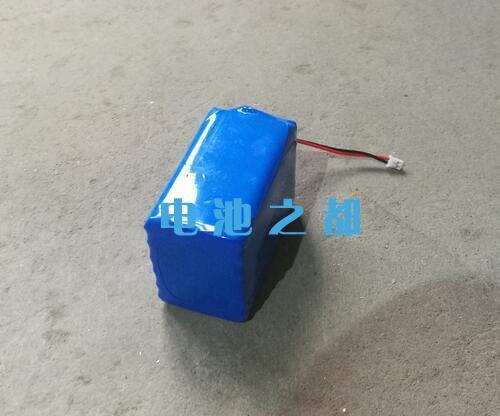 由6颗三元电芯并联组成的3.7V18650锂电池组