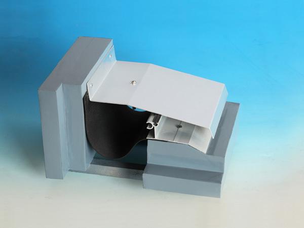 屋面变形缝抗震型转角SR-WM